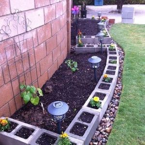 151 Garden Edging and Border Ideas - Lawn and Garden Unlimited #gardenedging #gardenborders #gardeninspiration #gardenideas